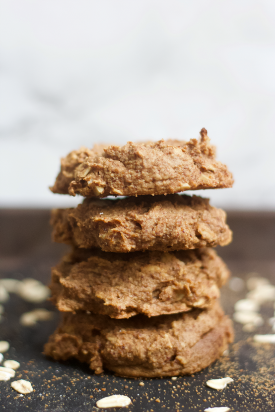 Soft n' Chewy Chai Spiced Oatmeal Cookies   Healthy Helper @Healthy_Helper Soft n' chewy Chai Spiced Oatmeal Cookies will be your new favorite treat for serving alongside a hot mug of tea or coffee! Vegan, gluten-free, and so delicious. They make the perfect snack for when you want something sweet, yet wholesome!
