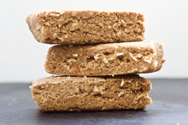 No-Bake Banana Nut Protein Bars | No-bake protein bars filled with the flavor of banana bread. These banana nut protein bars are vegan, gluten-free, no added sugar, and SO easy to make. These bars will be your new favorite snack.