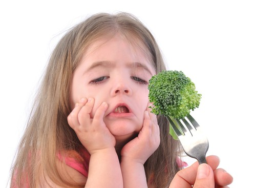 little-girl-wont-eat-broccoli-picky-eater