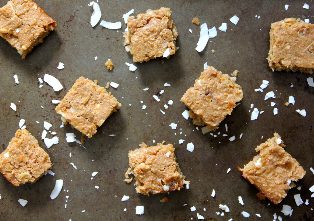 white chocolate coconut blondies