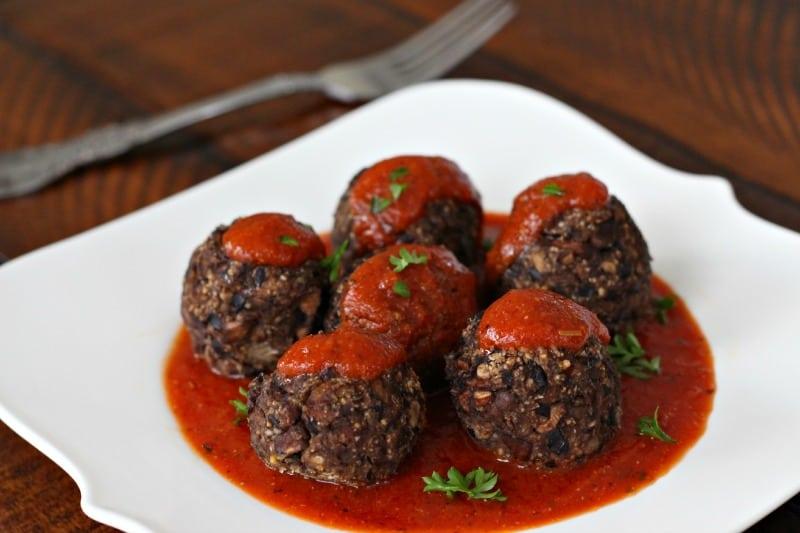 Black Bean Mushroom Meatballs | Healthy Helper @Healthy_Helper