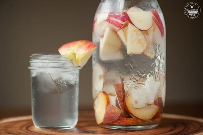 Autumn Infused Water | Healthy Helper @Healthy_Helper