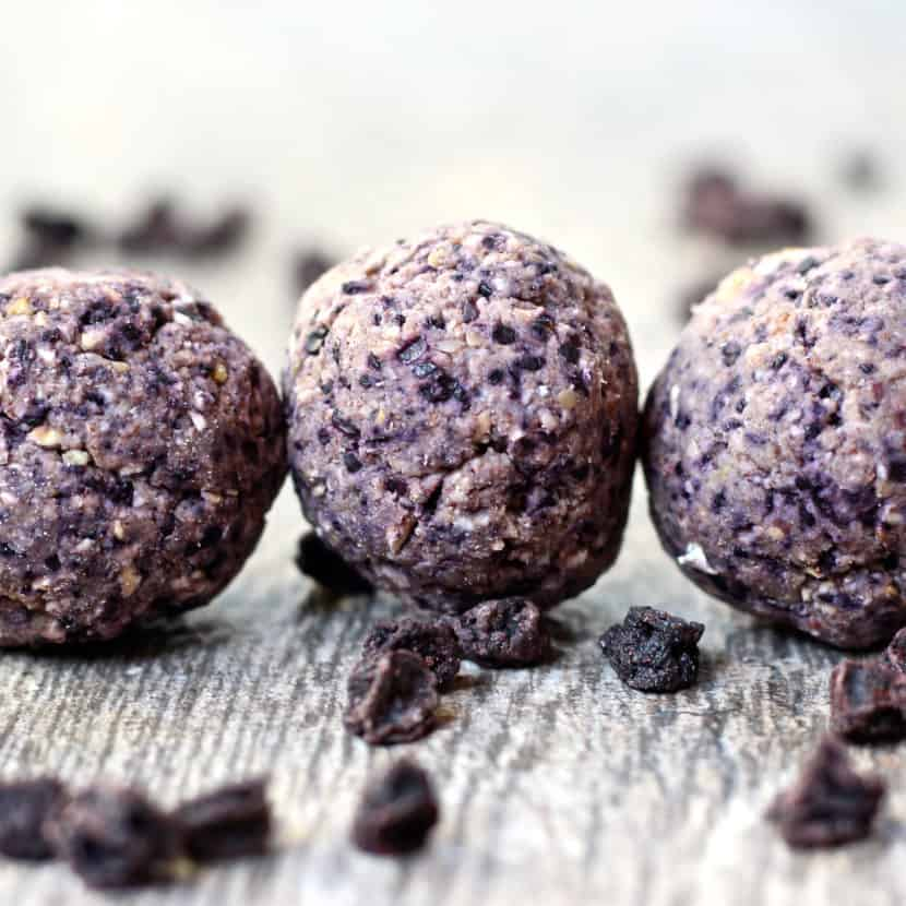 Blueberry Cobbler Cookie Dough Bites  | Healthy Helper @Healthy_Helper