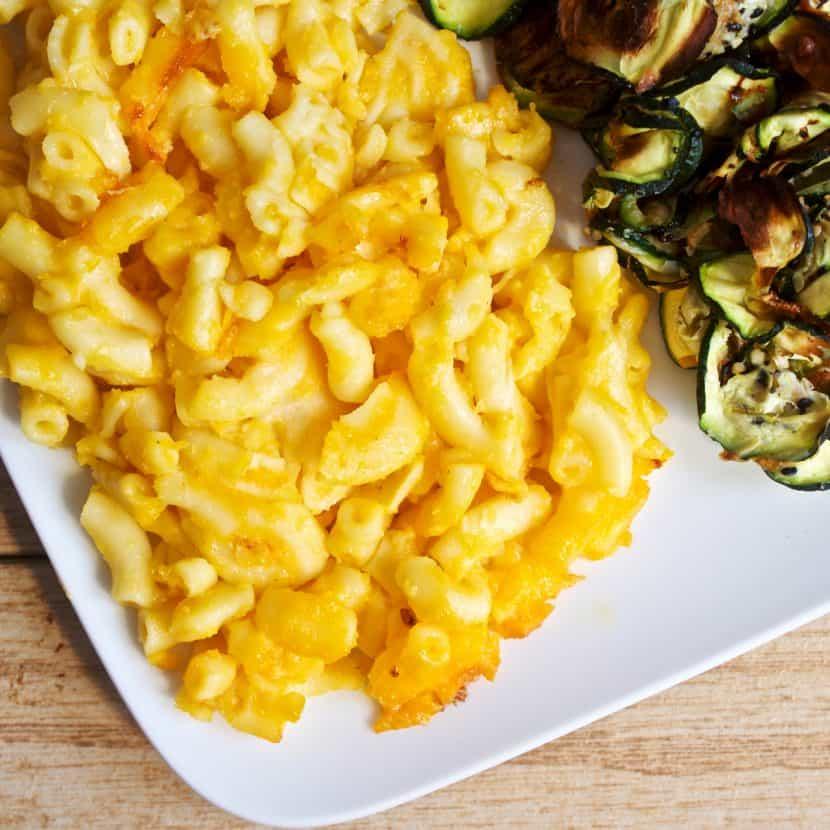 3 Ingredient Everything Bagel Zucchini Chips [gluten-free + paleo]   Healthy Helper @Healthy_Helper