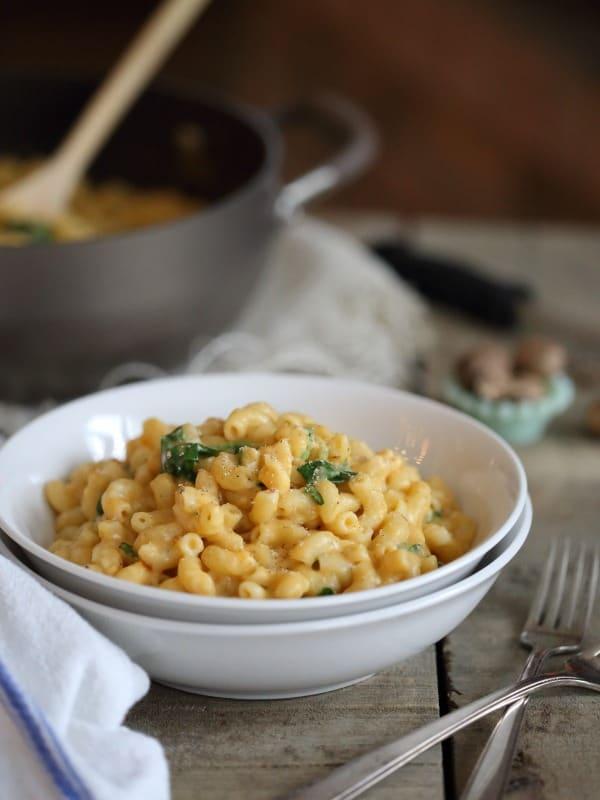 Sweet Potato Spinach Mac n' Cheese | Healthy Helper @Healthy_Helper