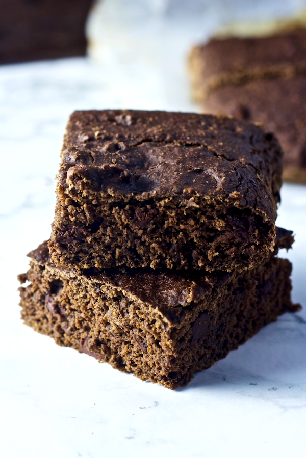 Vegan Double Chocolate Brownies | Deliciously fudgy, vegan brownies will be your new favorite sweet treat! These Double Chocolate Brownies are so rich and chocolatey that you'd never guess they were HEALTHY! Gluten-free, no sugar added, and SO drool-worthy.