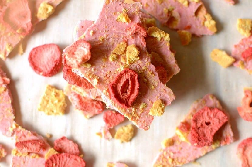 Strawberry Shortcake Almond Butter Bark | Healthy Helper @Healthy_Helper