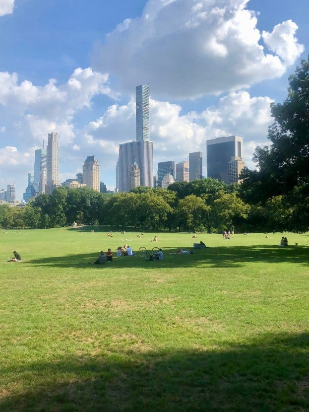 NYC Trip Recap: September 2018 | Healthy Helper A recap of my end of summer trip to NYC with my mom! All the sights, sounds, scenes, and eats we took in during our 3 days in the Big Apple.