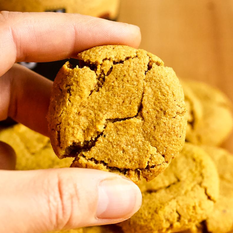 3-Ingredient Keto Pumpkin Cookies