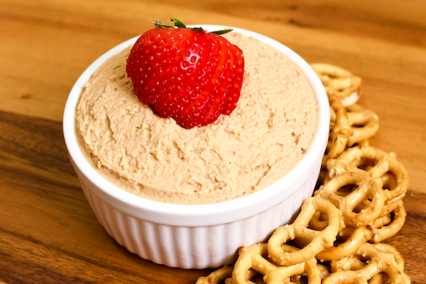 Protein Peanut Butter and Jelly Hummus | A high protein, sweet hummus dip with all the flavor of a classic peanut butter and jelly. Vegan, gluten-free, no added sugar, and easily made in 5 minutes.