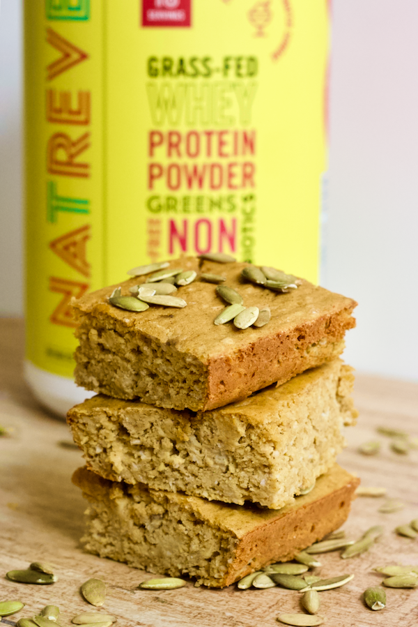 Baked Banana Pumpkin Spice Bars | High protein, soft-baked banana pumpkin spice bars are perfect for a healthy snack when you're craving something sweet! Gluten-free and made with no added sugar.